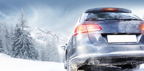 Podróżowanie samochodem w zimie