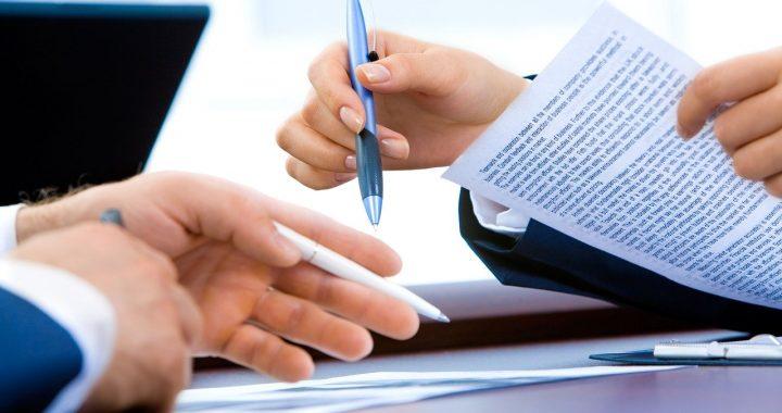 Umowa kredytowa w siedzibie firmy