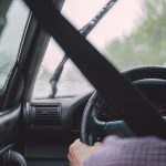 Ekonomiczna jazda autem – co robić, żeby oszczędzać na paliwie?